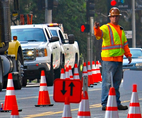 Construction Traffic Control : A look at traffic control flaggers roadway construction
